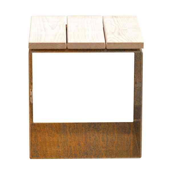 Sitzwürfel Kuutio aus Cortenstahl mit Holzauflage